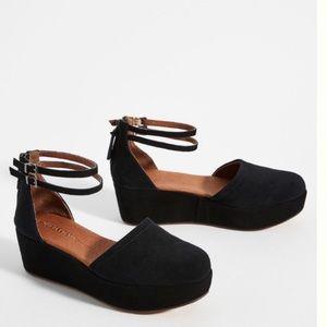 Anthropologie Gee Wawa Daphne Platform Heels Black